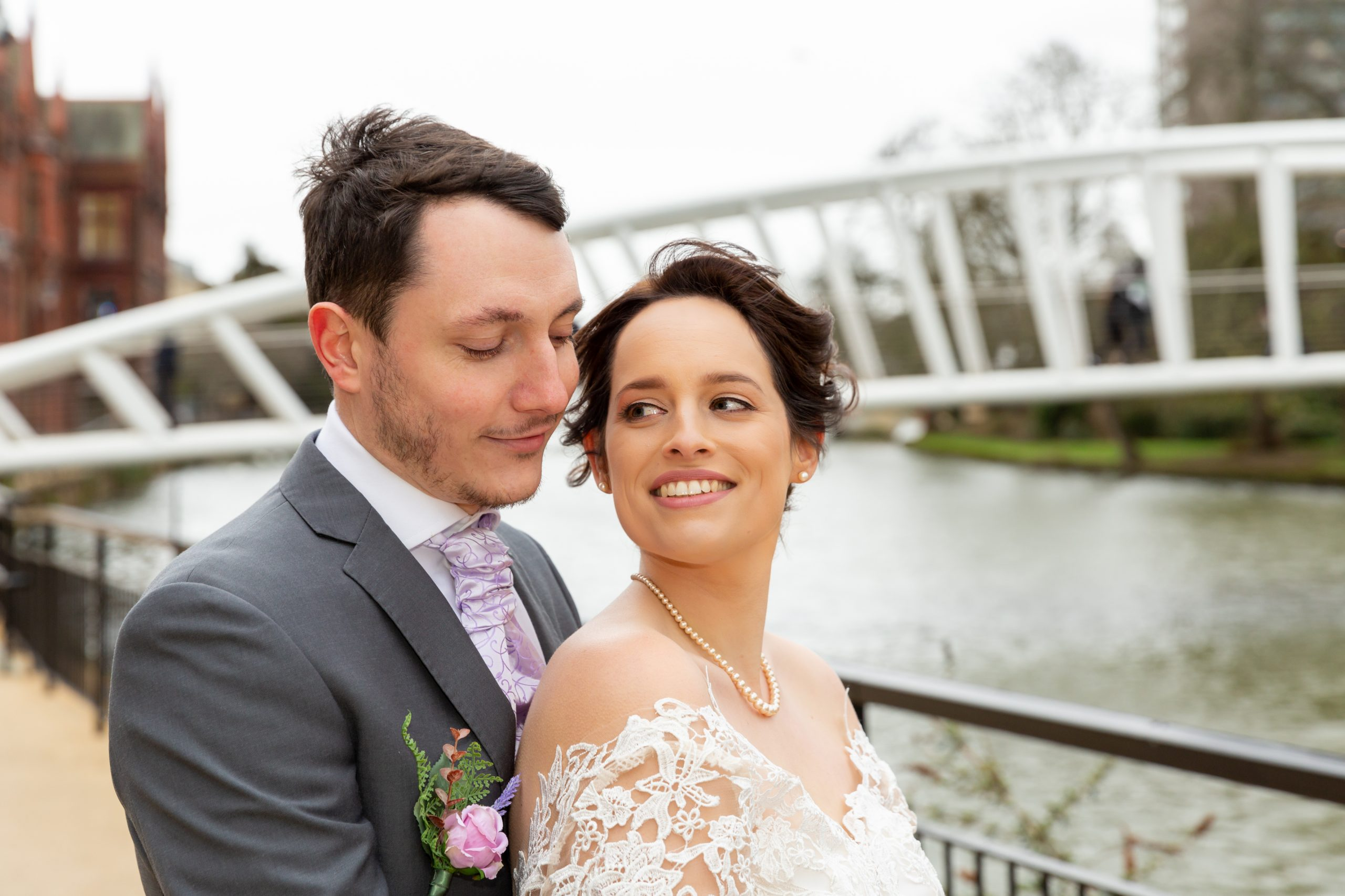 Bex & Ollie tie the knot!